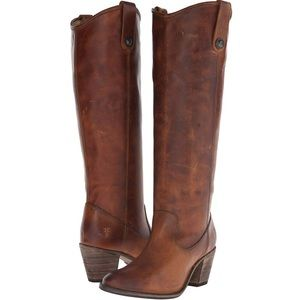 FRYE Jackie Button Boots in Cognac, size 6M